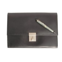 Jahn-Tasche – A5 document case / document holder made out of leather, black, model 1021