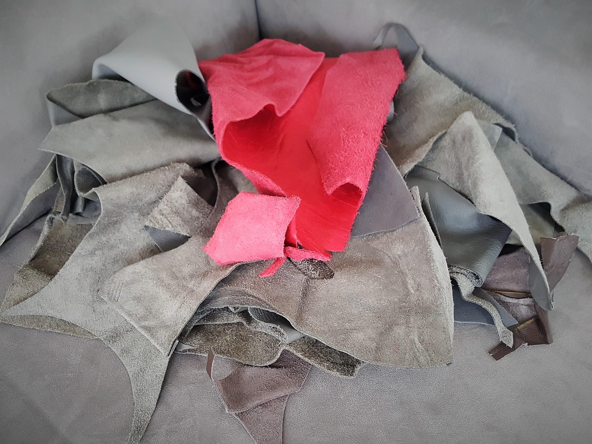do it yourself mit leder n hen und basteln. Black Bedroom Furniture Sets. Home Design Ideas